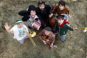 VERSCHOBEN: Skazka Orchestra